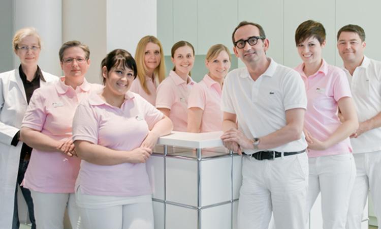 Doktor med. dent. Klaus Lührmann Zahnarzt Hamburg Neustadt Zahnmedizin Team